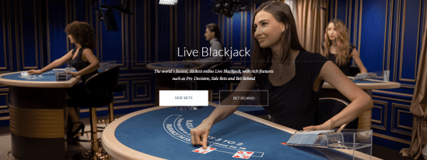 Evolution Gaming dealer presents the live blackjack game