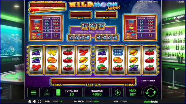 Wild Moon is a great jackpot developed by Stakelogic