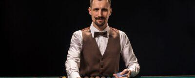 10 Reasons To Be A Casino Dealer